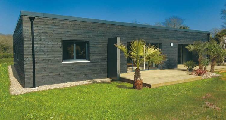 maison contemporaine en bretagne design by trecobat architecture bois magazine maisons bois. Black Bedroom Furniture Sets. Home Design Ideas