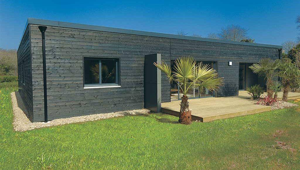 Connu Reportage : La maison cube – Architecture Bois Magazine – Maisons  LR58
