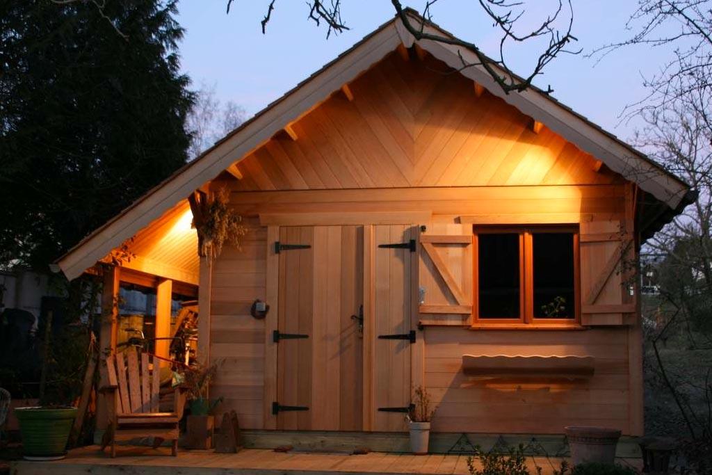 Abri de jardin allier le pratique l esth tique for Habitat jardin 2015