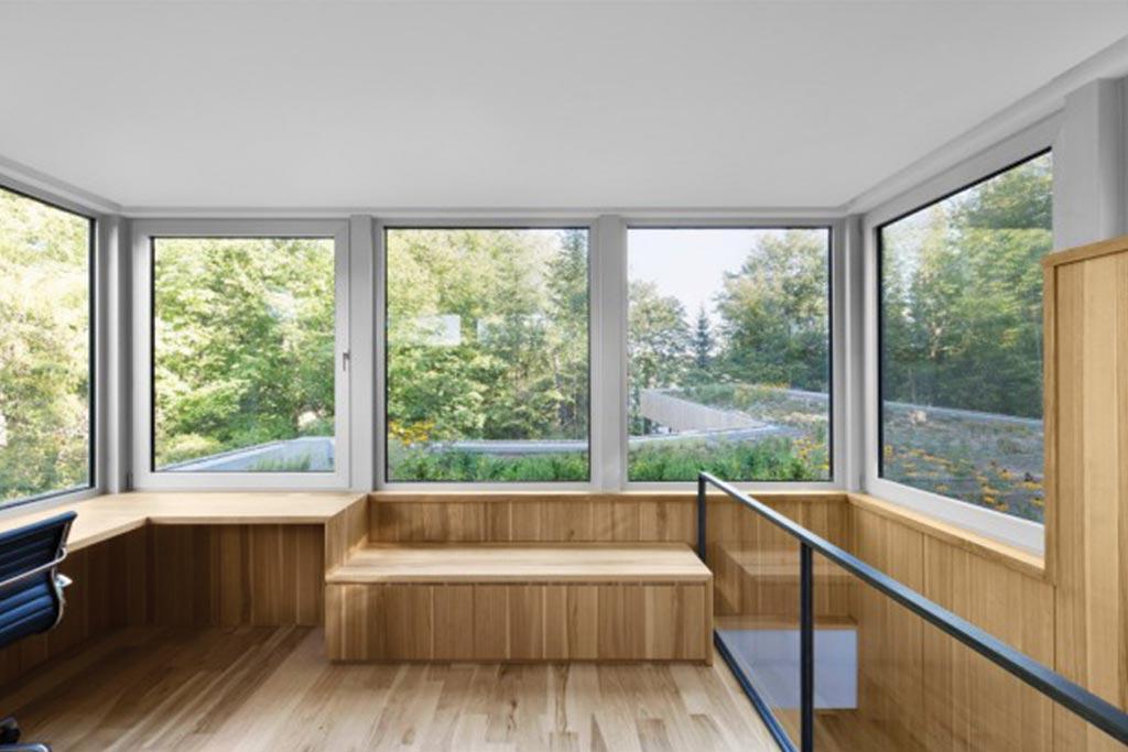 La maison du lac grenier architecture bois magazine for Agrandissement maison grenier