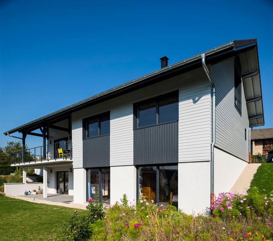 Les Charmes D 39 Une Maison Bois En Hiver Architecture Bois