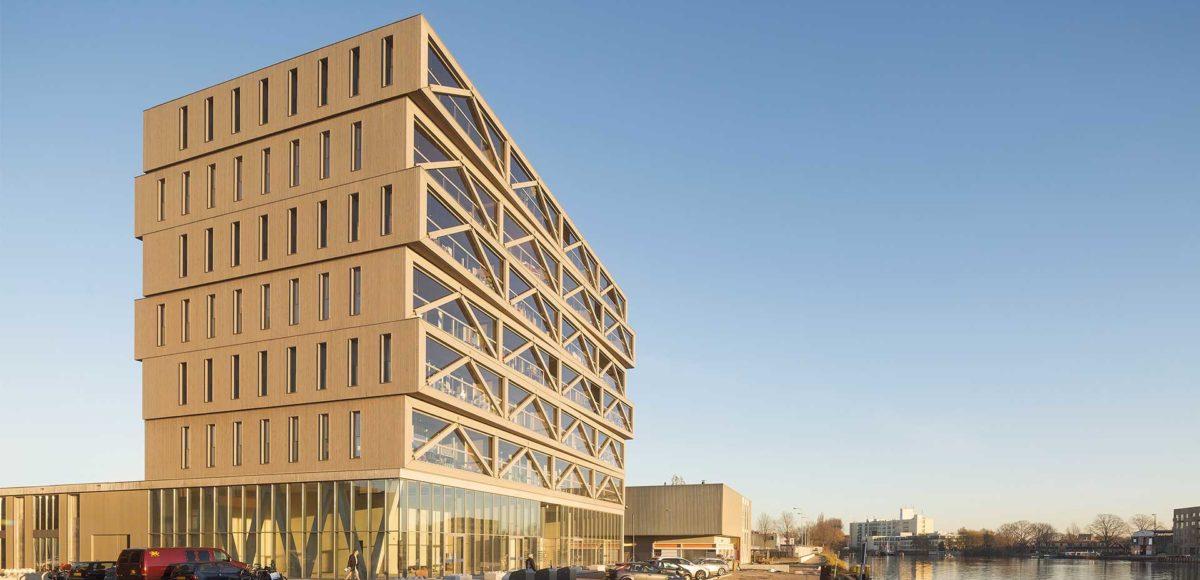 Le plus haut immeuble en bois des pays bas architecture for Immeuble bureaux structure bois