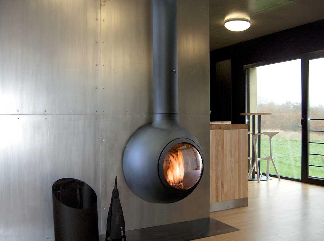 chauffage poele bois awesome nouvelle gamme de poles bois chez fonte flamme with chauffage. Black Bedroom Furniture Sets. Home Design Ideas