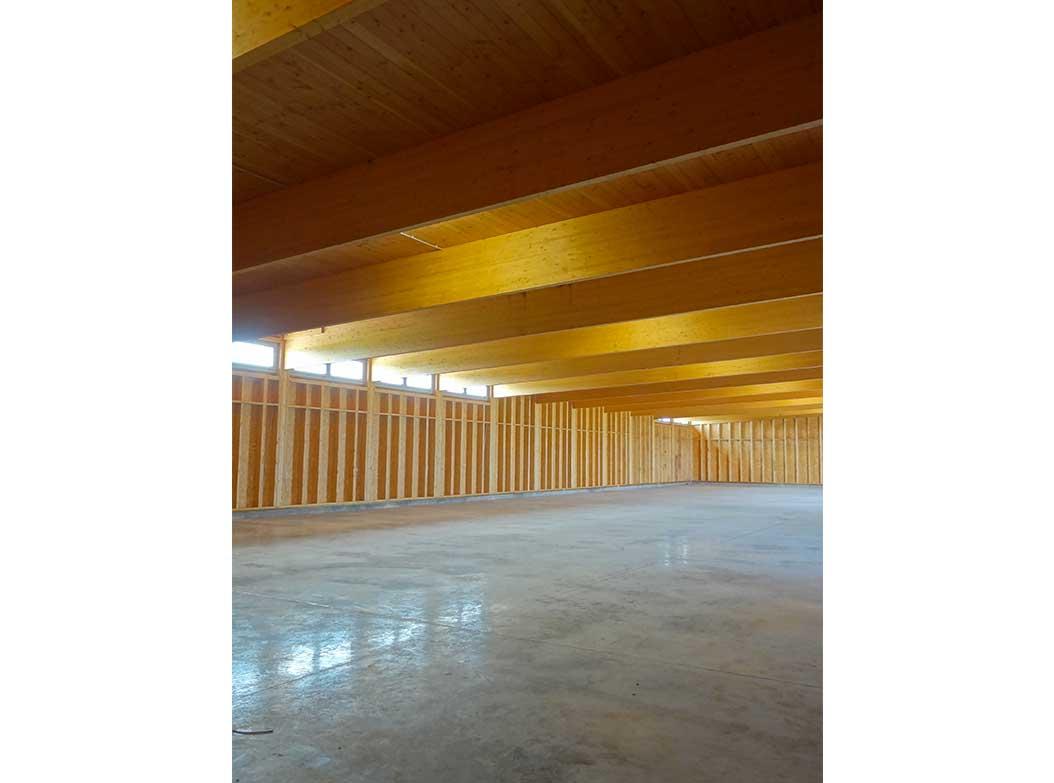 Vol voile de l a roport de roanne architecture bois for Architecture equilibre