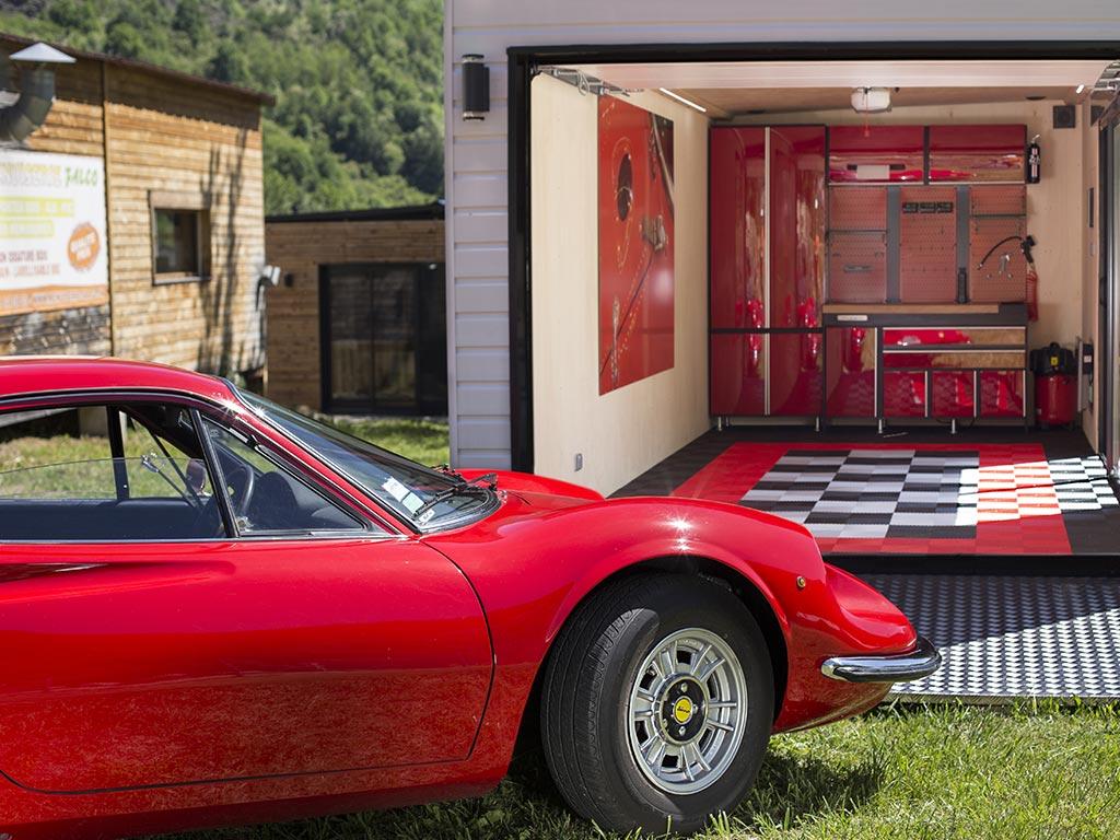 Inno 39 kub les garages des voitures de luxe architecture bois magazine maisons bois - Garage d importation de voiture ...