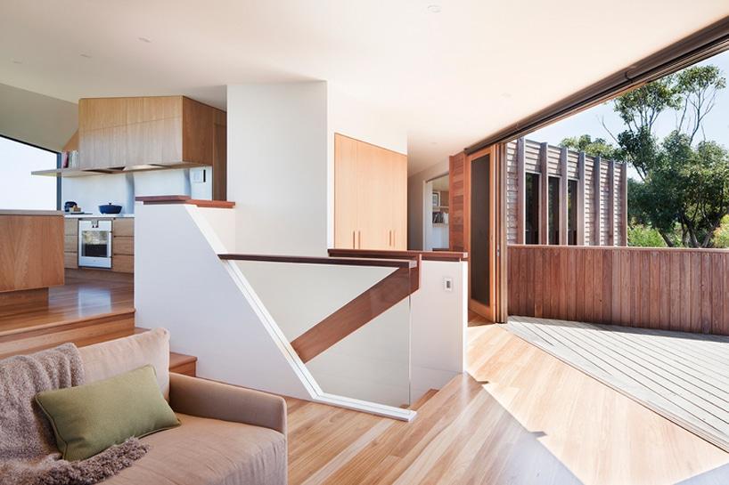 architecturebois-magazine-byrne-architects-aireys-house-torquay--01-818x545 (9)