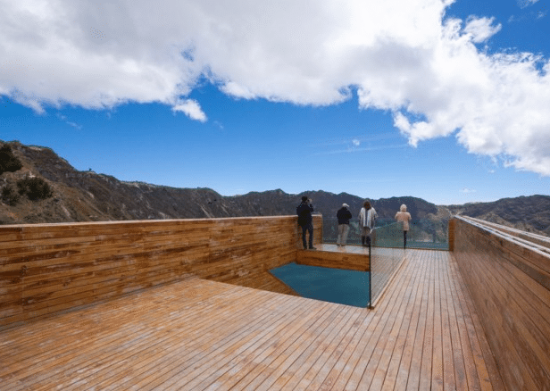 architecturebois-report-reportage-Plateforme d'observation-Javier Mera-Jorge-Andrade-Daniel-Moreno-Flores8