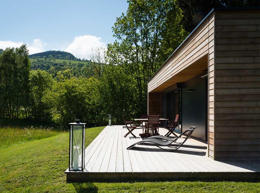 eportage-architecturebois-maison-dossier-kit-habitat-wood-house-bois-fenetre-rt2012-booa-gite-vosges10