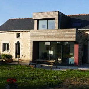 Extension en bois contemporaine - DESarchitecture
