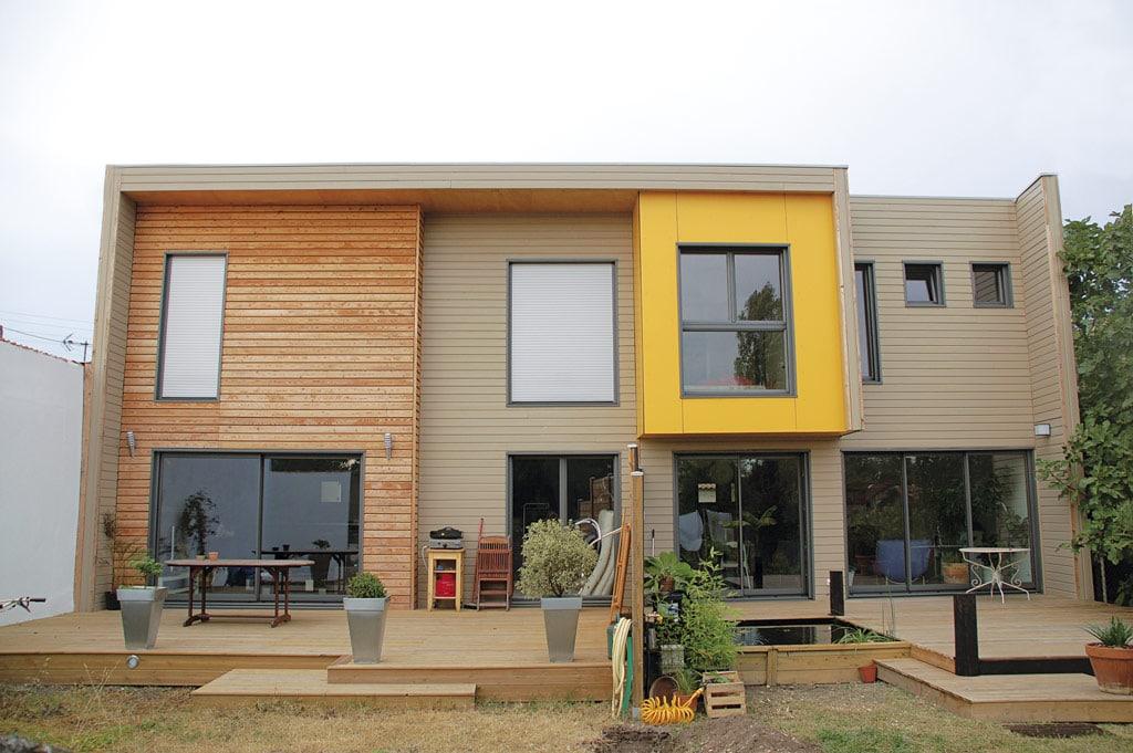 bardage faade maison maison avec bardage bois ite bardage bois facon alpes ravalement facade. Black Bedroom Furniture Sets. Home Design Ideas