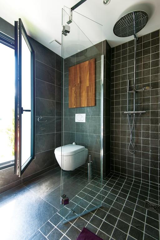 magazine salle de bain finest beau deco chambre enfant avec pendule salle de bain design with. Black Bedroom Furniture Sets. Home Design Ideas