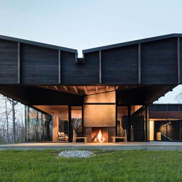 Maison en bois papillon lac Michigan - Desai Chia Architects