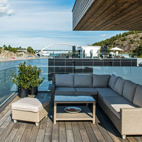 Villa en bois flottante - Bluet et Marinetek, Tilainsinöörit