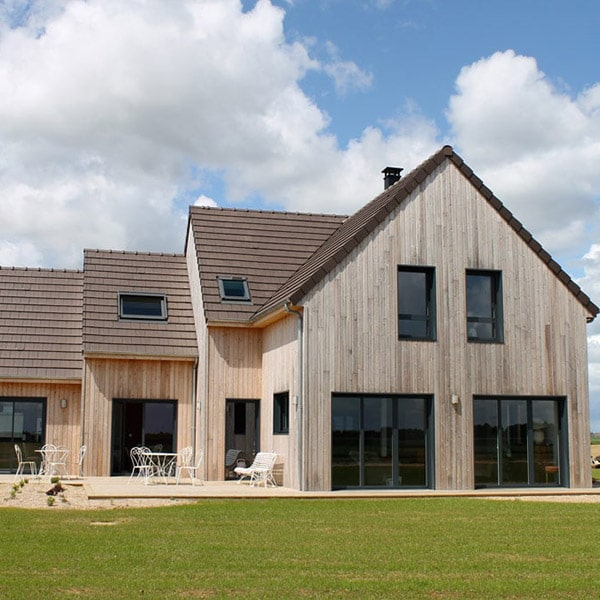 Maison bois à l'architecture décomposée - Le Drein Courgeon