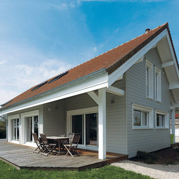 Maison familiale en madriers bois massif - Chauvin/Delor